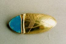 Gold getrieben und granuliert, Edelopal