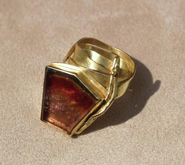 Gold, Turmalin
